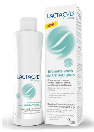Lactacyd Pharma Intimate Wash with Antibacterials 250ml